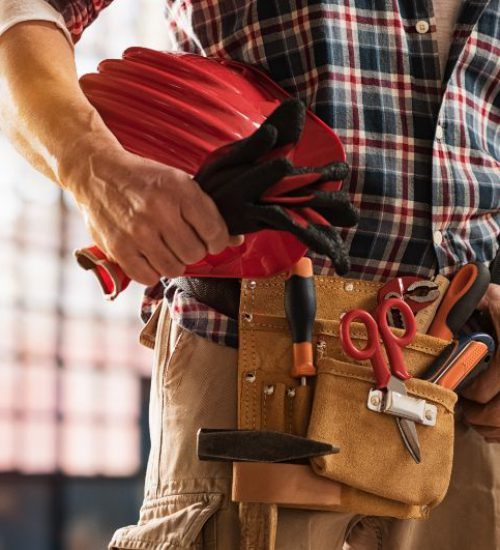 Man-with-Toolbag-Safety